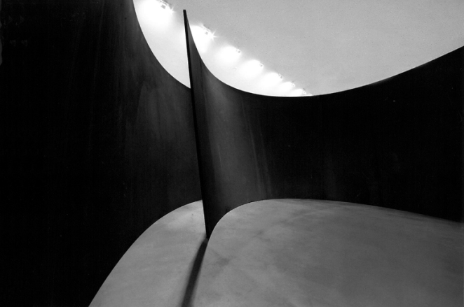 Richard Serra - Titled Arc